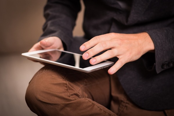 learning-on-mobile.jpg